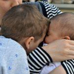 5 motivi per (non) viaggiare con due bambini e la vera ragione per farlo